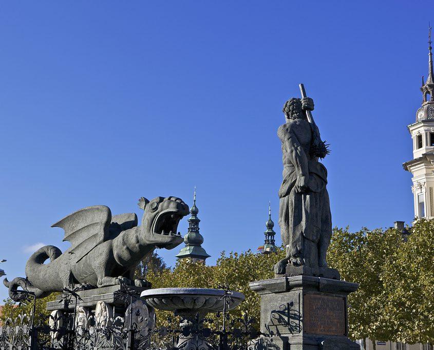 Lindwurm und Herkules auf dem Neuen Platz in Klagenfurt
